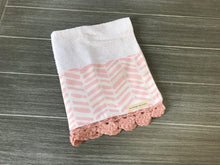 Load image into Gallery viewer, Shabby Pink Herringbone Crochet Kitchen Bar Mop Towel