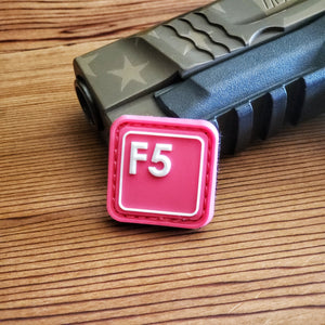 F5 - White on Pink