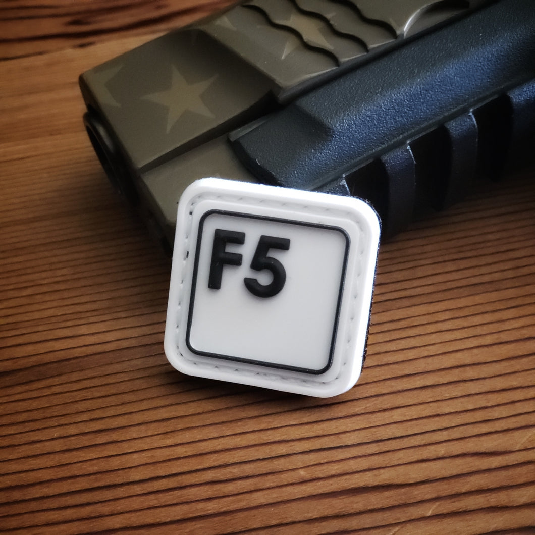 F5 - Black on White
