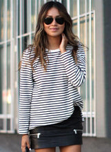 Load image into Gallery viewer, Women's Stripe Long Sleeve Loose Fit Pullover Sweatshirt