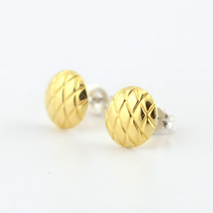 Domed Diamond-Pattern Brass Circle Stud Earrings