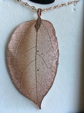 Load image into Gallery viewer, Equilibrium Long Leaf Necklace - Rose Gold