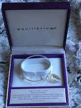 Load image into Gallery viewer, Equilibrium Guardian Angel Wings Bracelet