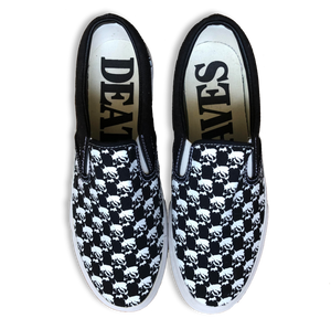 Death Saves Smoking Skull Slip On (Black/White Stitch)