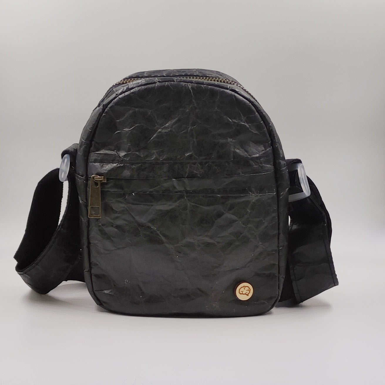 BLACK CROSSBODY PAPER-BAG
