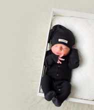 Load image into Gallery viewer, L'oved Baby Thermal Overall Black (0-6m)