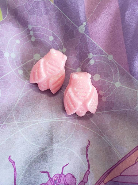One pair pink cicada clips