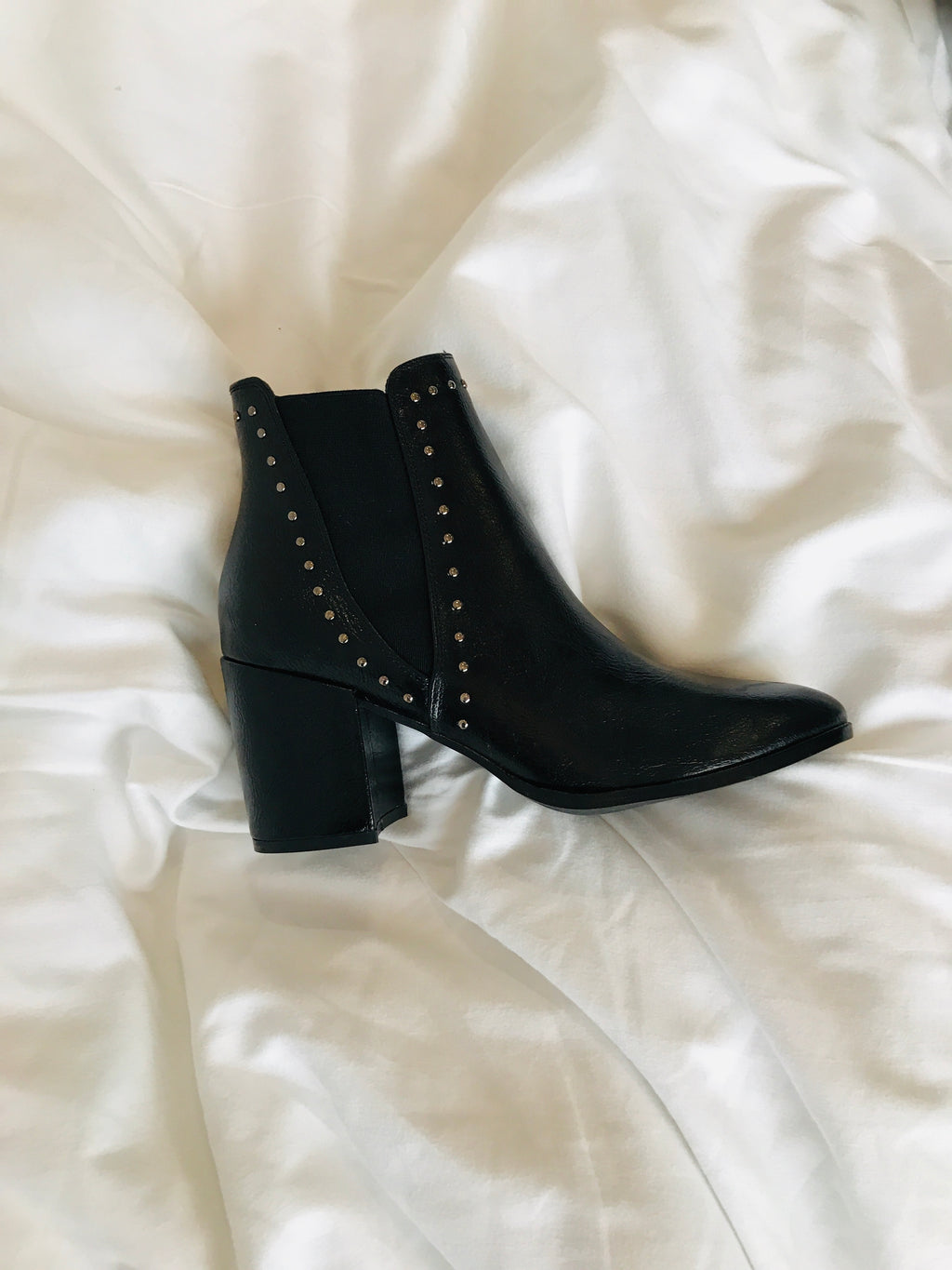 BOOTS TRIOMPHE