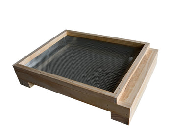 8 /10 Frames Mesh bottom board with Beetle Trap