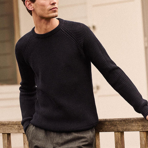 Men's casual simple round neck sweater