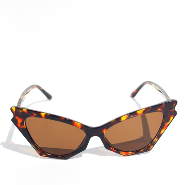 Revelry Cat Eye Sunglasses in Tortoise