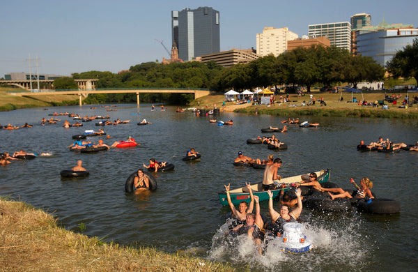 Trinity River paddle boarding Dallas
