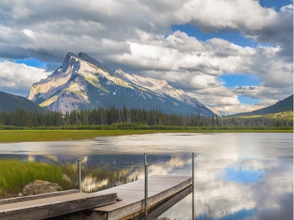 Vermillion Lakes paddle boarding canada