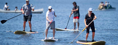 Meet like-minded people while paddle boarding