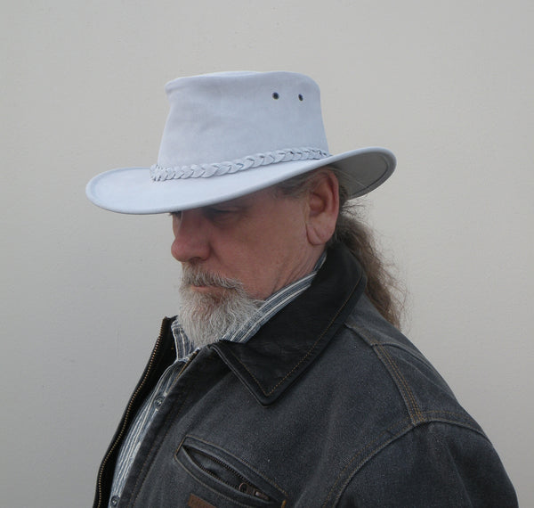 Colonial Hat In Pale Blue