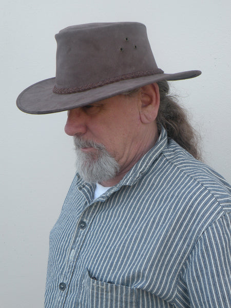Oiled Leather Echuca Hat in Brown