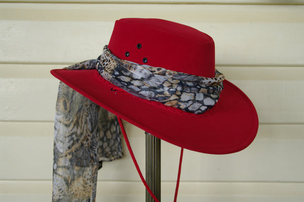 Kakadu All-Weather SOAKA HAT in Red