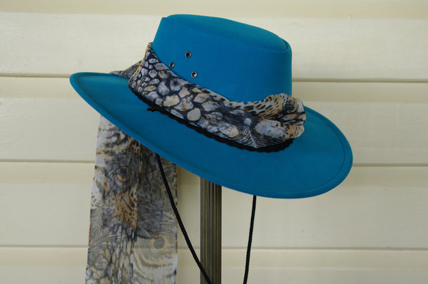 Hat Scarf in Peafowl Print