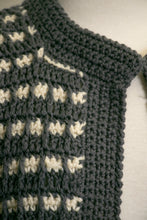 Load image into Gallery viewer, 1980s Sweater Wool Hand Knit Irish