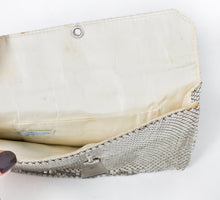 Load image into Gallery viewer, 1950s Whitting & Davis Purse Mesh Silver Metal Clutch Bag