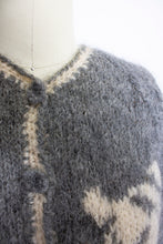 Load image into Gallery viewer, Vintage 1950s Sweater Italian Hand Knit Wool Mohair Gray Rose Cardigan Small