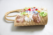 Load image into Gallery viewer, Vintage Basket Purse 1960s Woven Floral Top Handel Market Tote Bag 60s