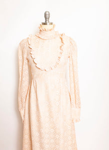 Vintage 1970s Maxi Dress Beige Nude Lace Peasant Prairie 70s Small S