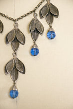 Load image into Gallery viewer, 1940s Necklace Silver Chain Beaded Dangle Leaf