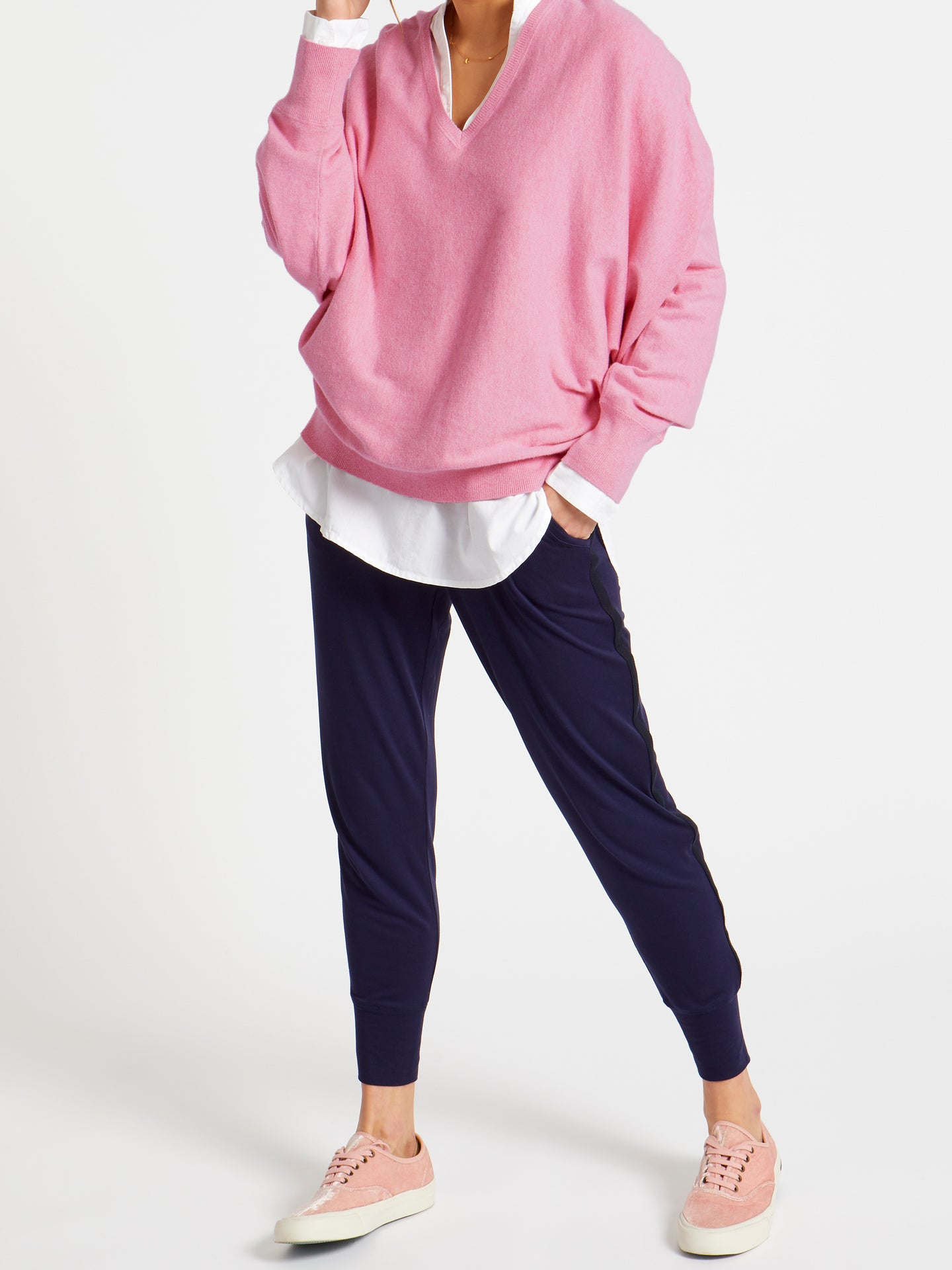 Sleepy Joe vee cashmere blend sweater