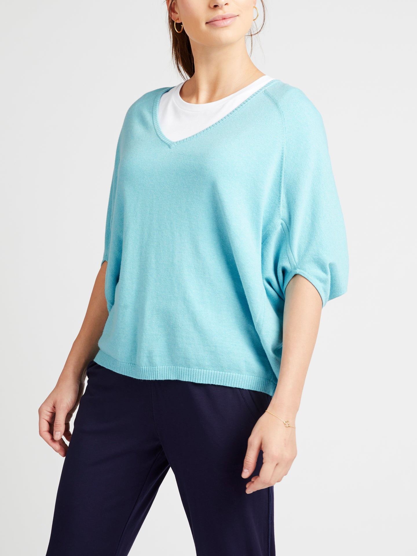 Gail cotton cashmere v neck sweater blue