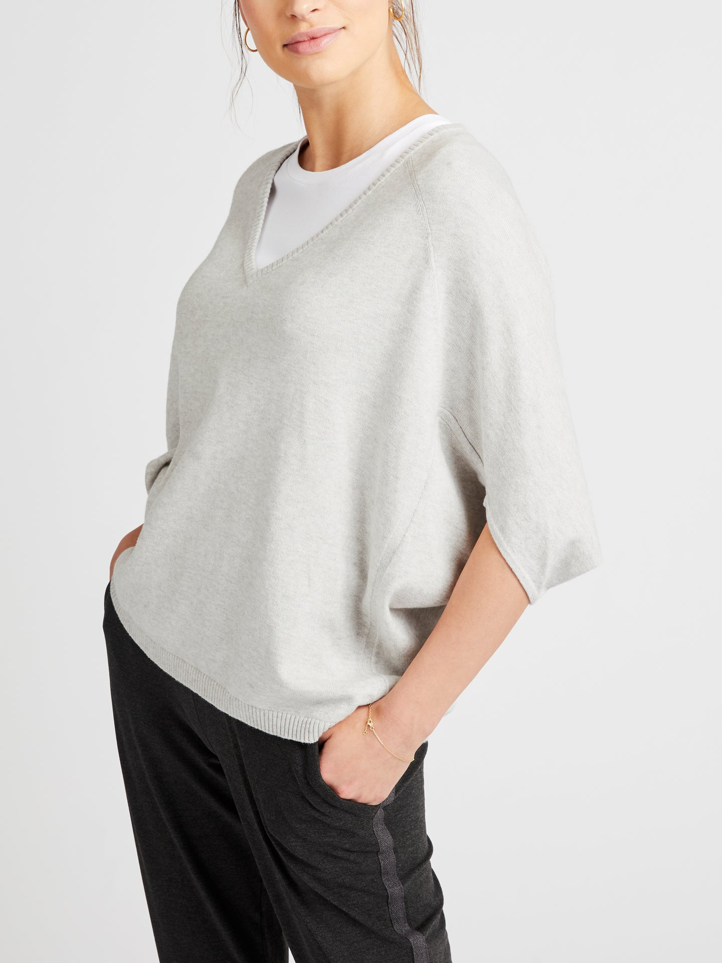 Gail cotton cashmere v neck sweater grey