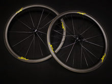 Load image into Gallery viewer, SL28.4  . Velotechnic DS-1 . Sapim CX Ray