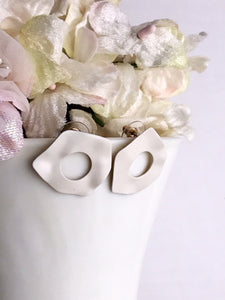 mirage earrings - ivory