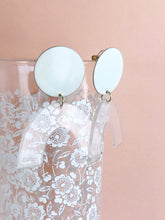 sydney earrings - ivory / clear