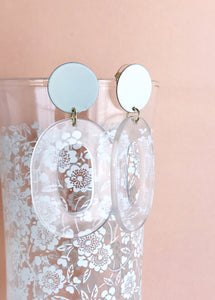 coco earrings - ivory / clear