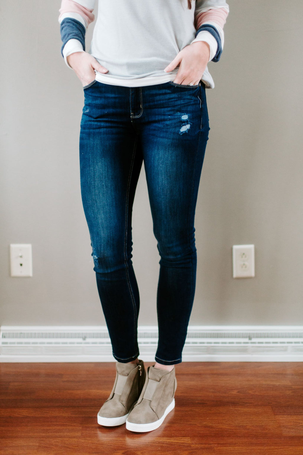 The Tessa Mid-Rise Jeans