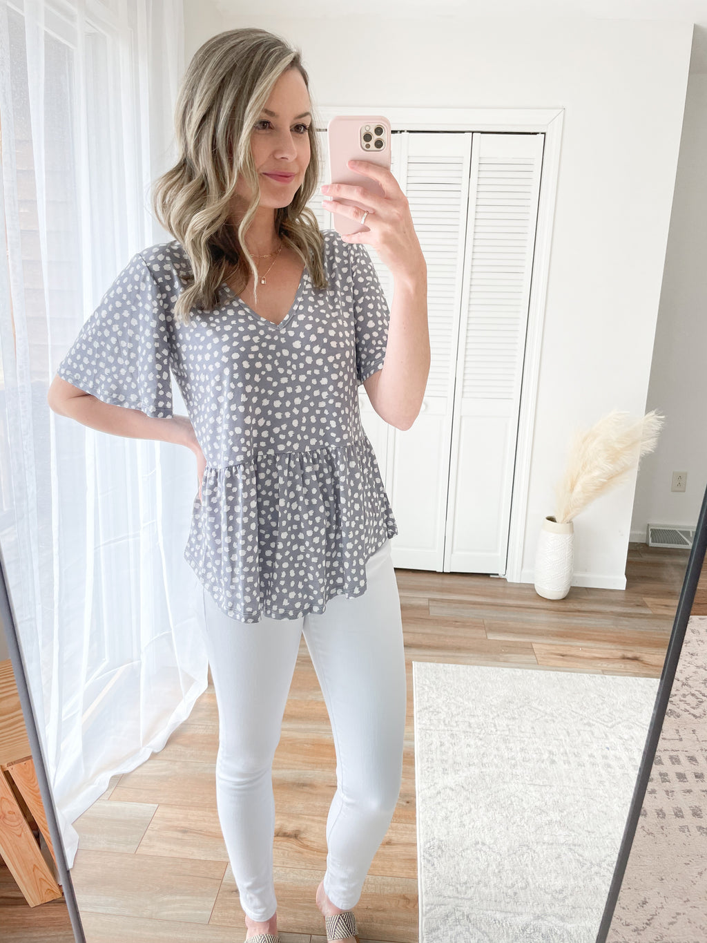 The Desi Blouse in Dottie Grey