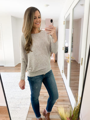 The Hunter Dolman Sweater in Oatmeal