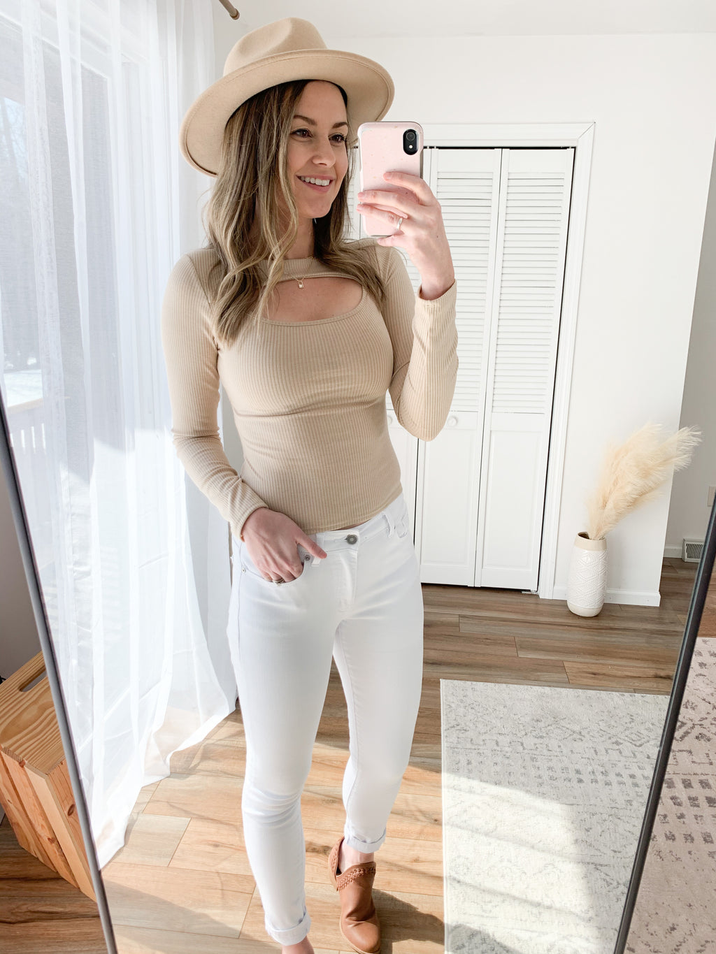The Nadia Cut Out Top In Taupe