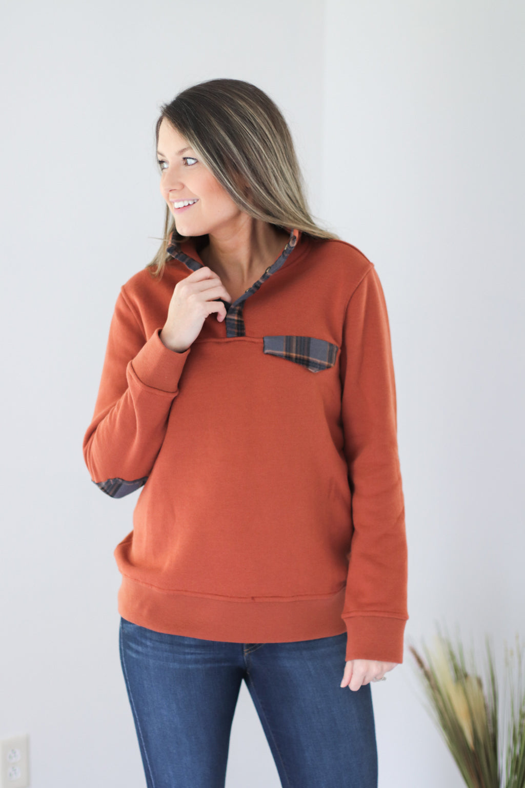 The Northern Pullover in Pumpkin