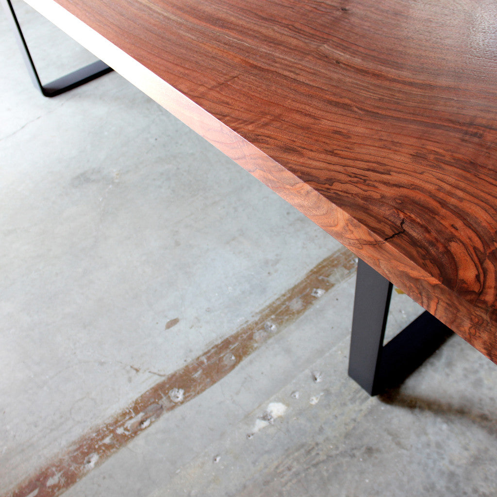 Ferro Dining Table