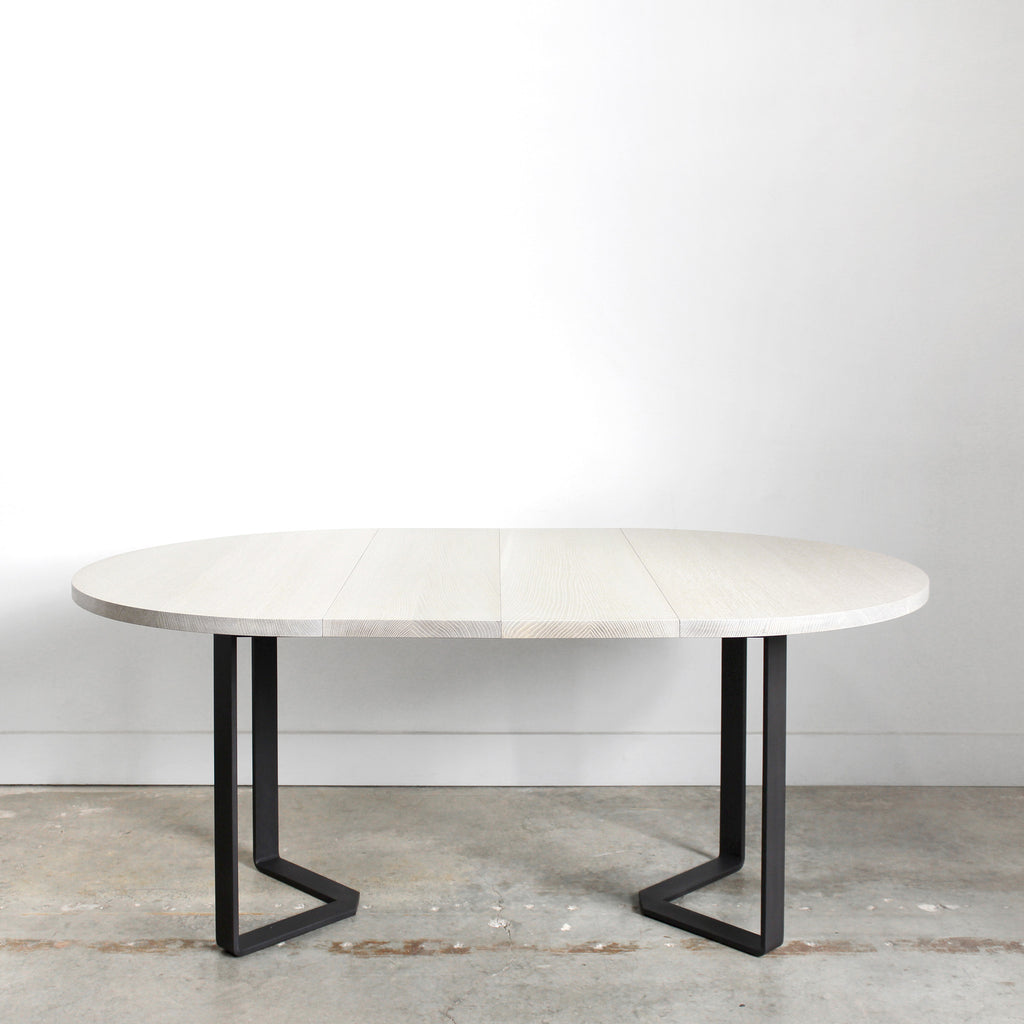 Delicieux Ferro Round Extension Table
