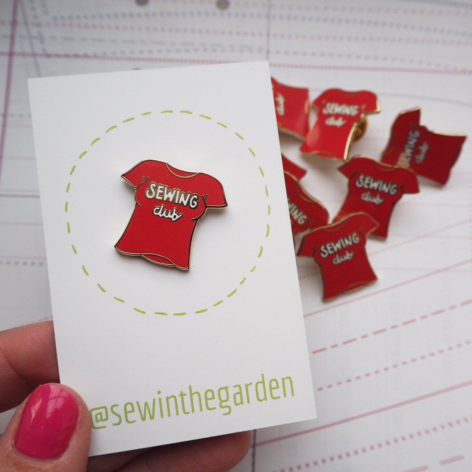 sewing club red brooch
