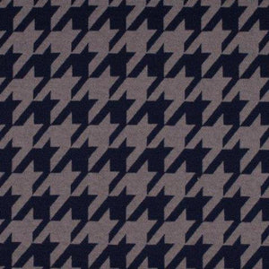 Large Houndstooth Jacquard Knit - END OF BOLT- 118 CM