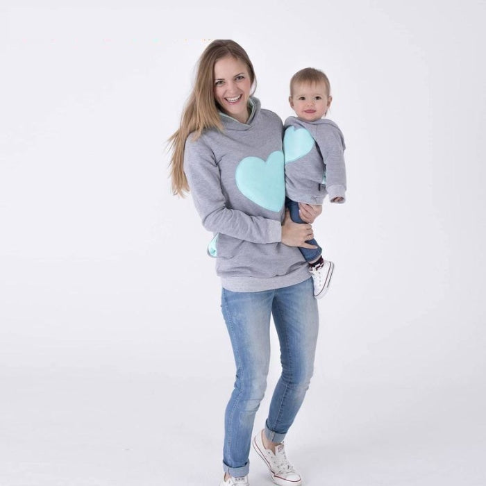 Adorable Heart Print Matching Outfit Sweatshirts for Mom Son