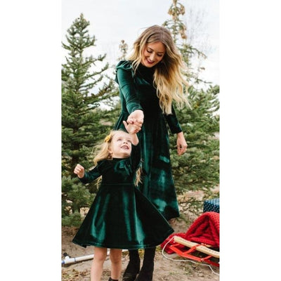 Beautiful Autumn full sleeve Matching Dresses for Mother Daughter - Green / Mom XL