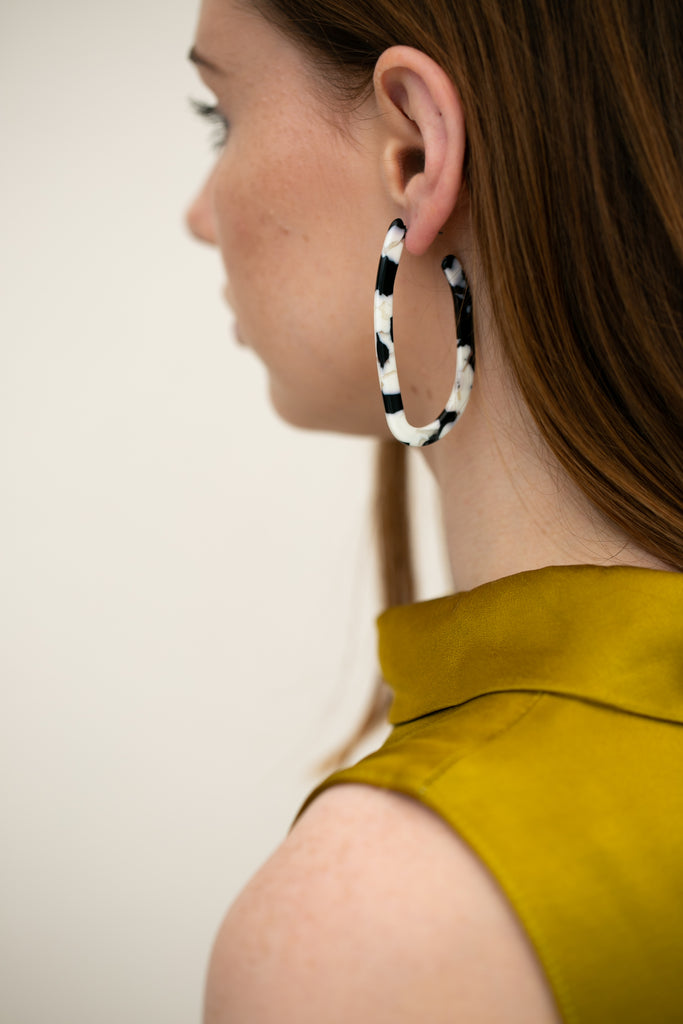 Black and White Geometric Tortoiseshell Earrings