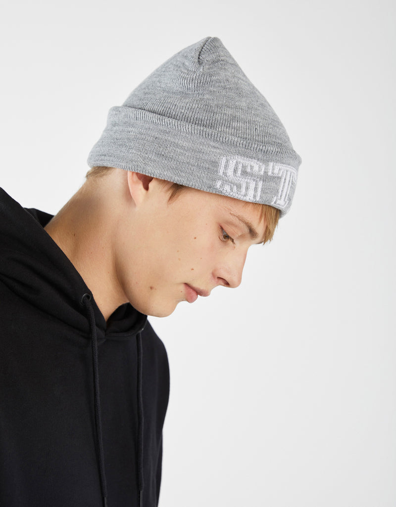 Knit beanie with print