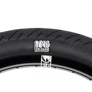 Shadow Strada Nuova Low Pressure Tyre