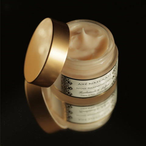 Ahè Naturals Kumkumadi & Saffron Intense Rejuvenating Night Cream